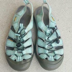 Women's KEEN waterproof sports sandals Sz 9